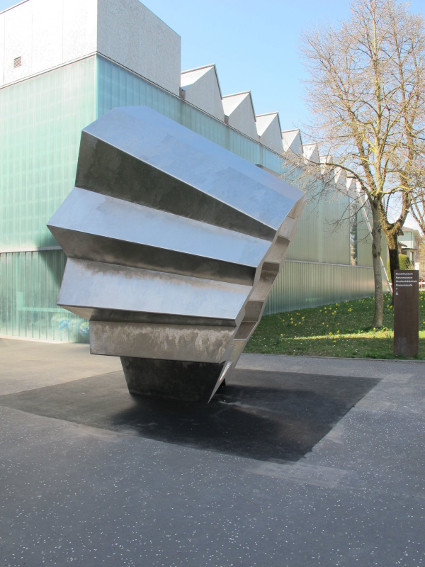 Richard Deacon Footfall