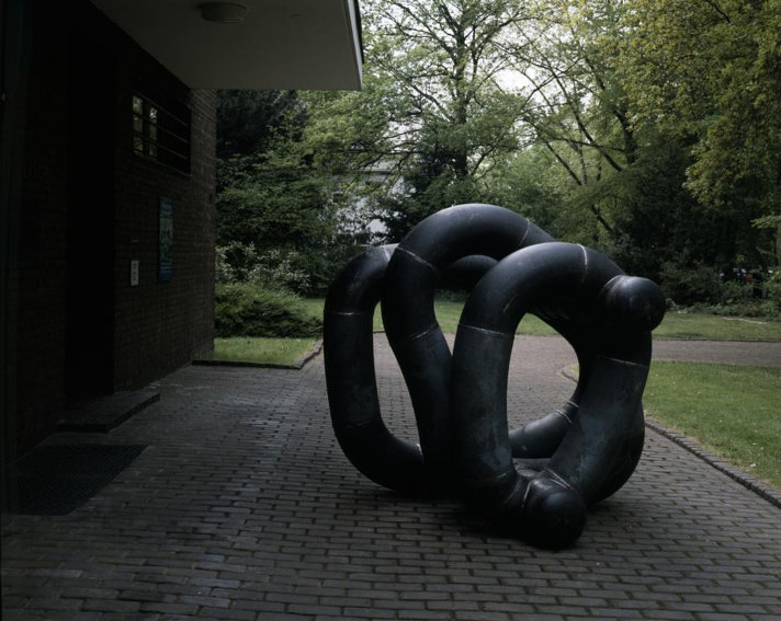 Richard Deacon Untitled sculpture
