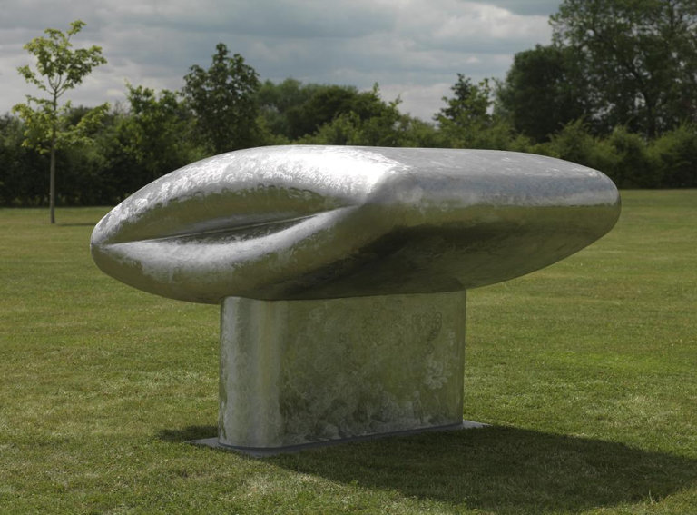 Richard Deacon sculpture