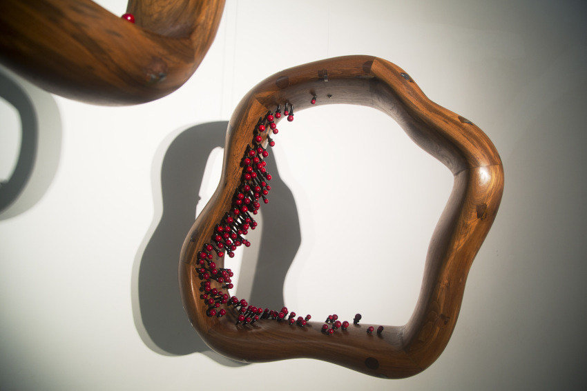 Ranjani Shettar Smoke Rings sculpture